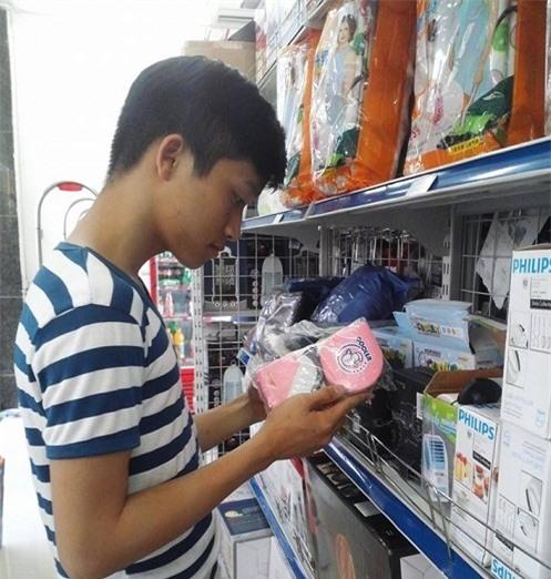 Giới trẻ ưa dùng điều hòa mini cầm tay
