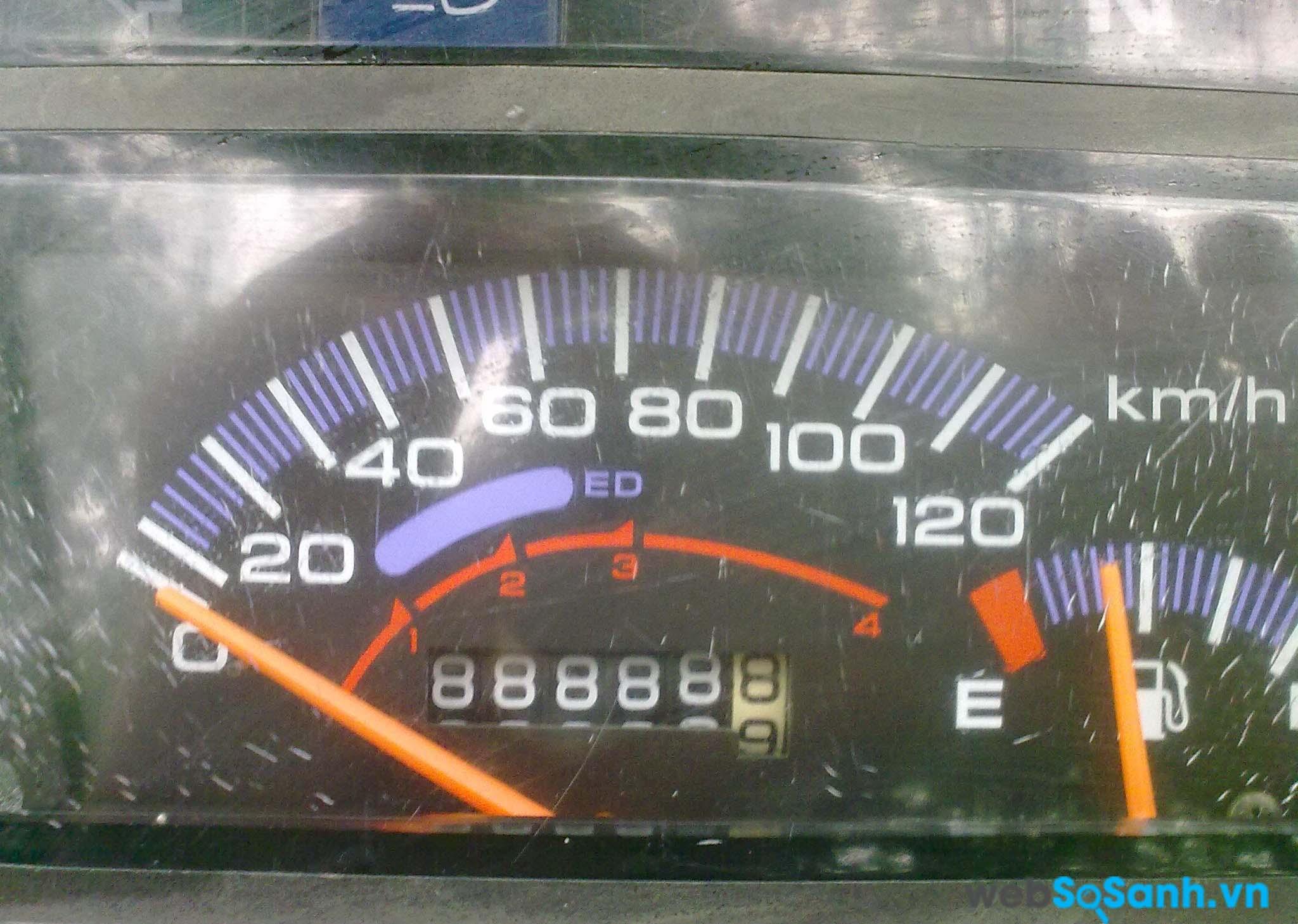 Một chiếc lốp nếu đã đi được khoảng 15,000 km thì bạn nên thay