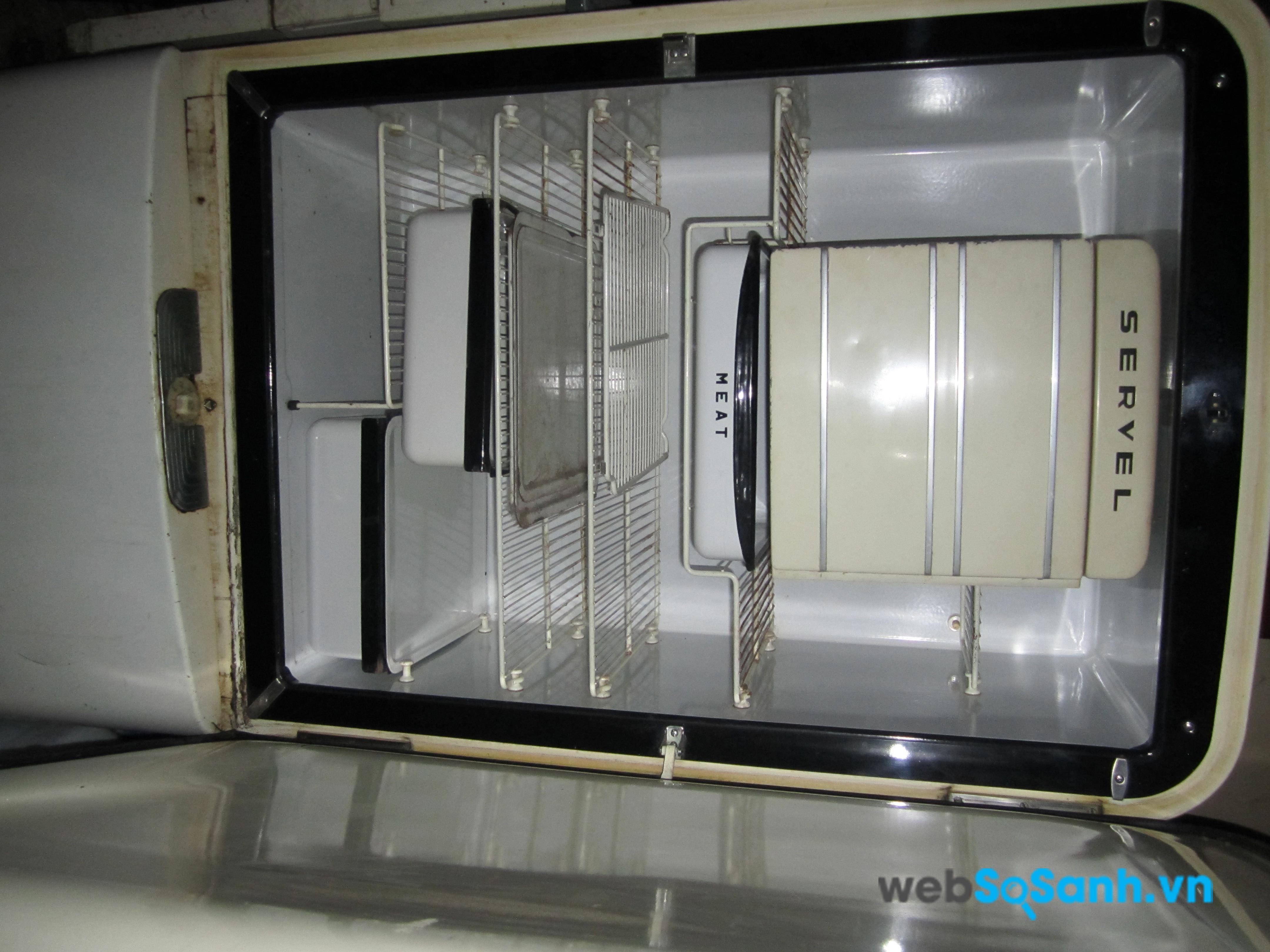 Những tủ lạnh cũ, sử dụng đã lâu hay bị mọt dàn dẫn đến việc hết gas
