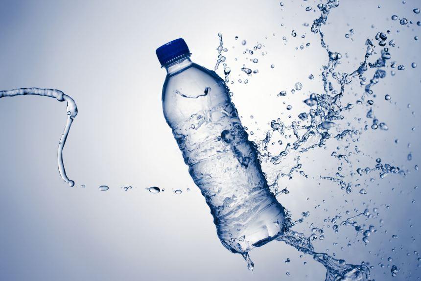 Nước cất được các nhà sản xuất khuyến khích sử dụng cho máy tạo ẩm