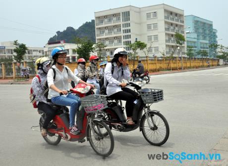 Xe đạp điện phù hợp hơn với các bạn học sinh, sinh viên